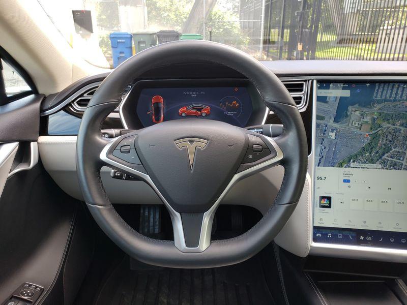 2014 Tesla Model S 85 Tech Package Auto Pilot 51000 Miles Local 1 Owner  city Washington  Complete Automotive  in Seattle, Washington
