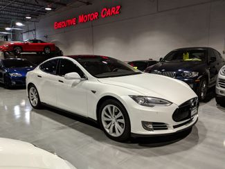 2014 Tesla Model S in Lake Forest, IL