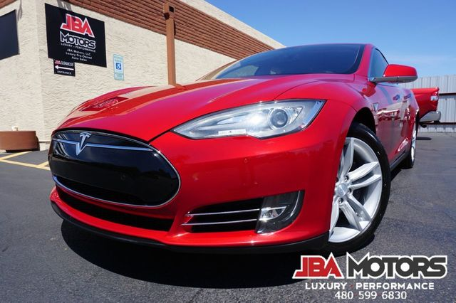 2014 Tesla Model S 85 kWh Battery Sedan
