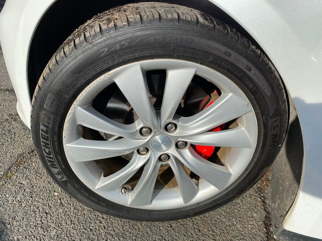 2014 Tesla Model S P85 New Brunswick, New Jersey 33