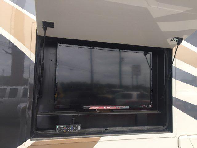 2014 Thor Tuscany 36MQ XTE Boerne, Texas 8