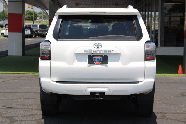 2014 Toyota 4Runner SR5 4WD - A/T TIRES - BKUP CAM - ENTUNE AUDIO PLUS Mooresville , NC 16