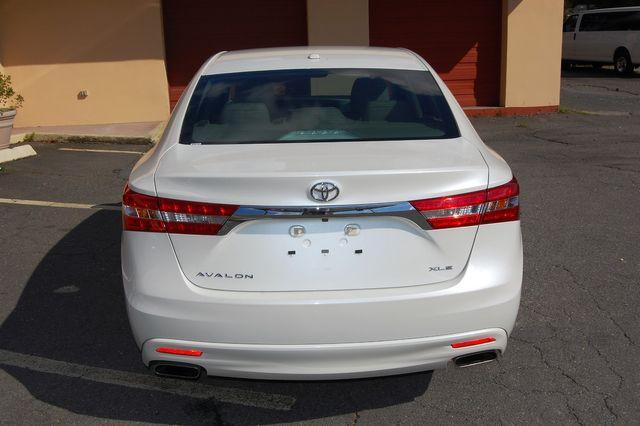 2014 Toyota Avalon XLE Touring Charlotte, North Carolina 6