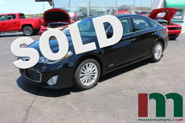 2014 Toyota Avalon Hybrid Limited | Granite City, Illinois | MasterCars Company Inc. in Granite City Illinois