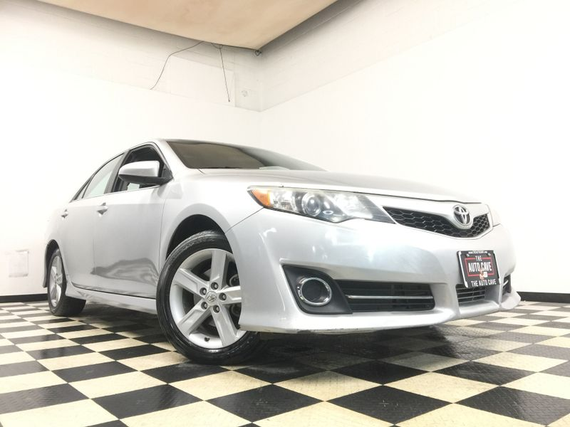 2014 Toyota Camry *Simple Financing* | The Auto Cave in Addison