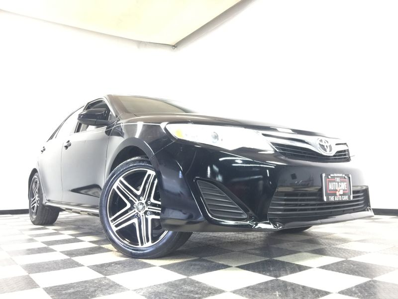 2014 Toyota Camry *Simple Financing*   The Auto Cave in Addison
