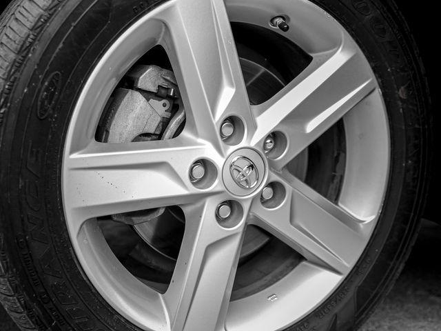 2014 Toyota Camry SE Burbank, CA 21