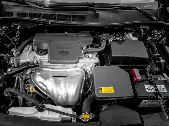 2014 Toyota Camry SE Burbank, CA 23