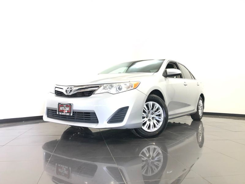 2014 Toyota Camry *Drive TODAY & Make PAYMENTS* | The Auto Cave in Dallas