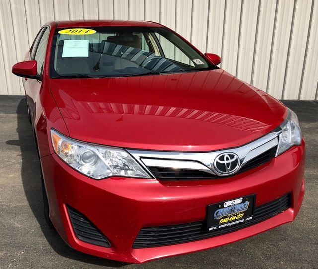 2014 Toyota Camry L in Harrisonburg, VA 22801