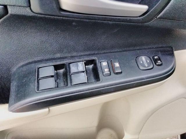 2014 Toyota Camry LE Houston, Mississippi 14