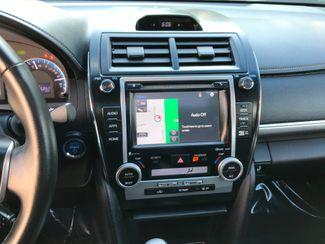2014 Toyota Camry Hybrid SE Limited Edition Farmington, MN 7