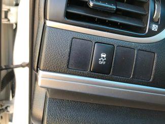 2014 Toyota Camry Hybrid SE Limited Edition Farmington, MN 12
