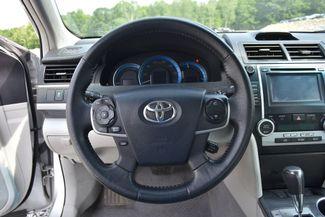 2014 Toyota Camry Hybrid XLE Naugatuck, Connecticut 17
