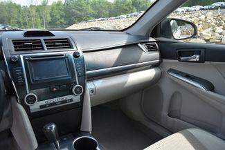2014 Toyota Camry Hybrid XLE Naugatuck, Connecticut 18