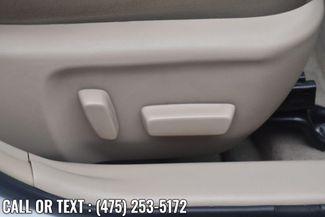 2014 Toyota Camry Hybrid 4dr Sdn XLE *Ltd Avail* Waterbury, Connecticut 19