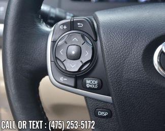 2014 Toyota Camry Hybrid 4dr Sdn XLE *Ltd Avail* Waterbury, Connecticut 28