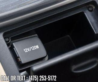 2014 Toyota Camry Hybrid 4dr Sdn XLE *Ltd Avail* Waterbury, Connecticut 34