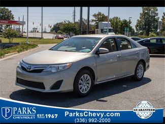 2014 Toyota Camry LE in Kernersville, NC 27284
