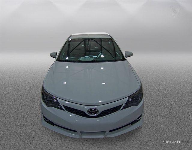 2014 Toyota Camry SE Madison, NC 5