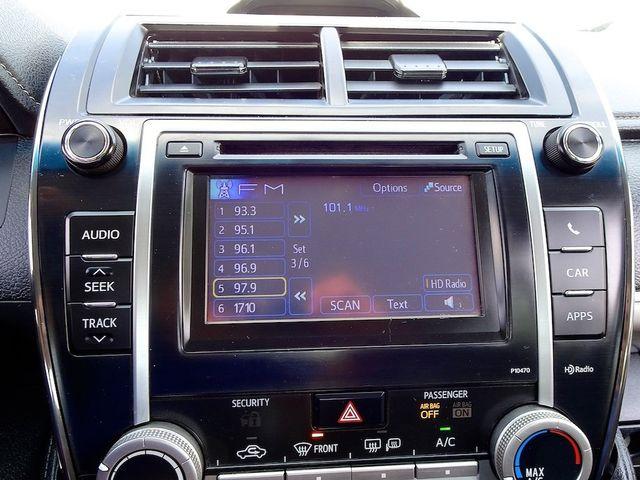 2014 Toyota Camry SE Madison, NC 18