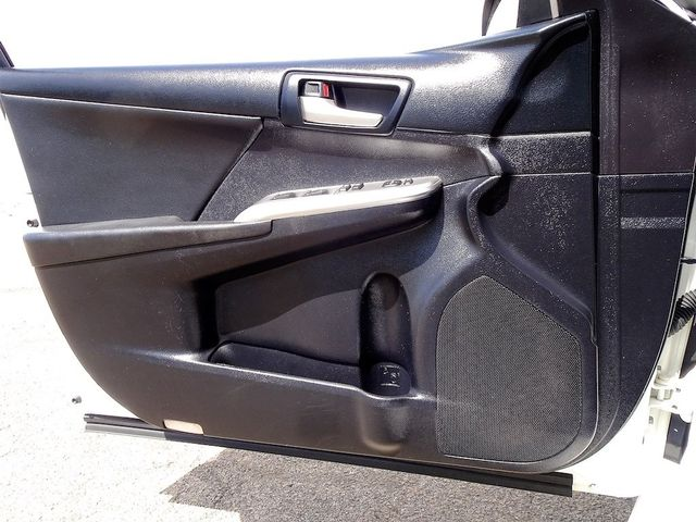 2014 Toyota Camry SE Madison, NC 22