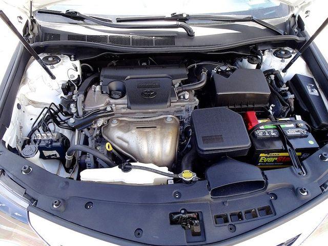 2014 Toyota Camry SE Madison, NC 39