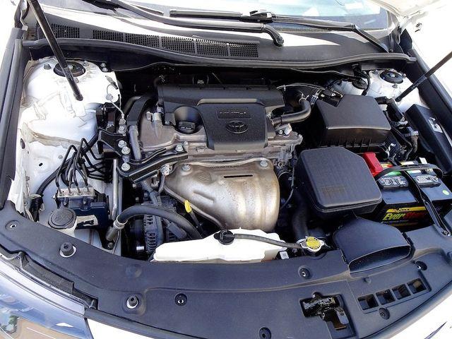 2014 Toyota Camry SE Madison, NC 40