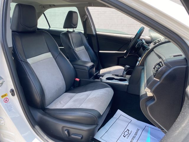 2014 Toyota Camry SE Madison, NC 12