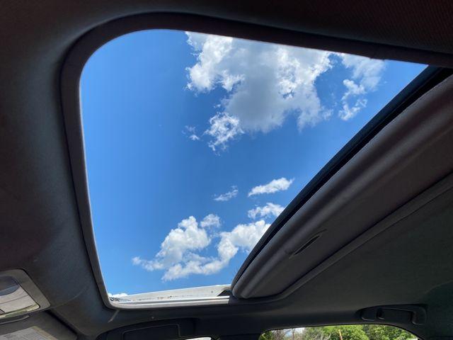 2014 Toyota Camry SE Madison, NC 36