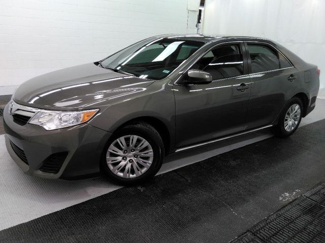 2014 Toyota Camry LE in St. Louis, MO 63043