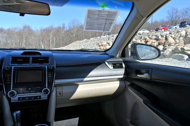2014 Toyota Camry SE Naugatuck, Connecticut 20