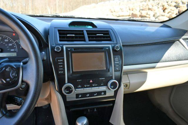 2014 Toyota Camry SE Naugatuck, Connecticut 24