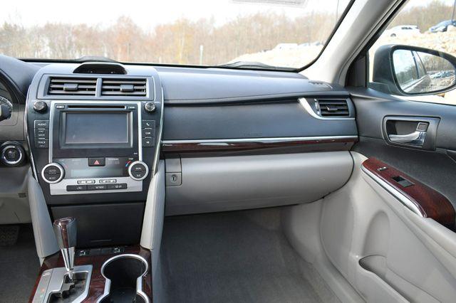 2014 Toyota Camry XLE Naugatuck, Connecticut 19