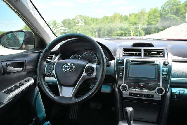 2014 Toyota Camry SE Naugatuck, Connecticut 17