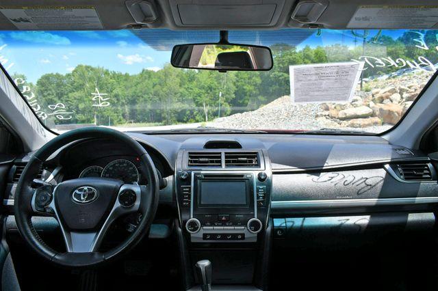 2014 Toyota Camry SE Naugatuck, Connecticut 18