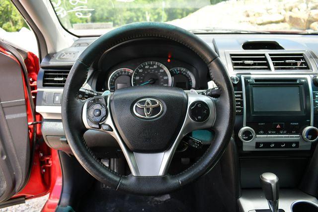 2014 Toyota Camry SE Naugatuck, Connecticut 22