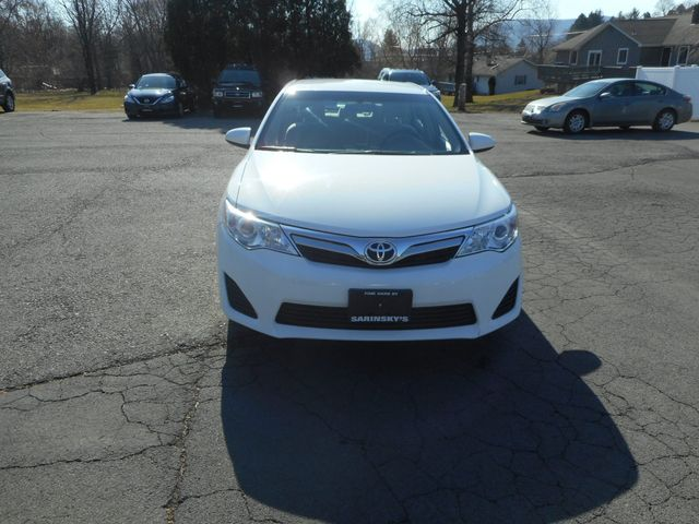 2014 Toyota Camry LE New Windsor, New York 10
