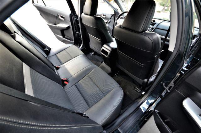 2014 Toyota Camry SE Reseda, CA 19