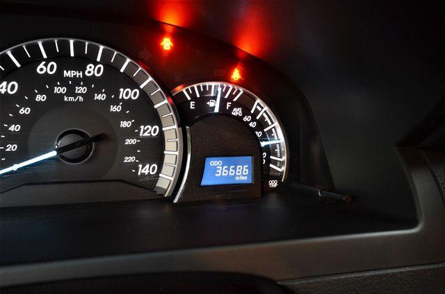 2014 Toyota Camry SE Reseda, CA 30