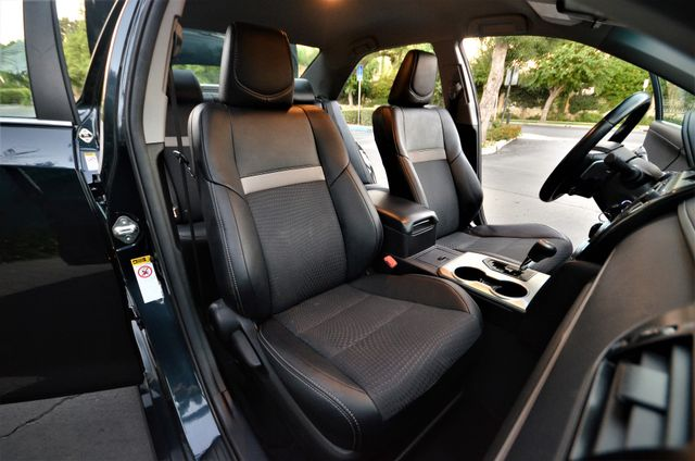 2014 Toyota Camry SE Reseda, CA 34
