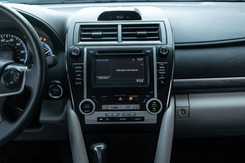 2014 Toyota Camry Hybrid LE in Rowlett, Texas