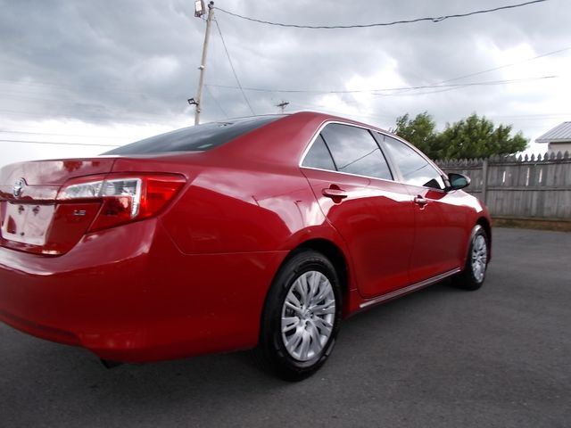 2014 Toyota Camry LE Shelbyville, TN 11