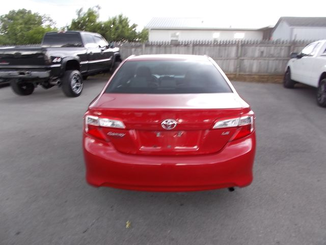 2014 Toyota Camry LE Shelbyville, TN 13