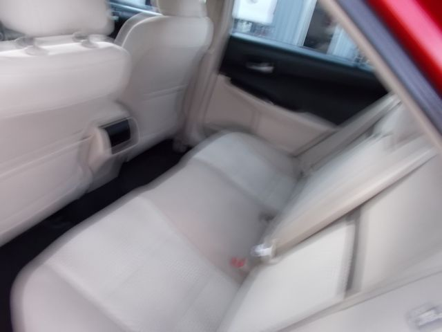 2014 Toyota Camry LE Shelbyville, TN 21