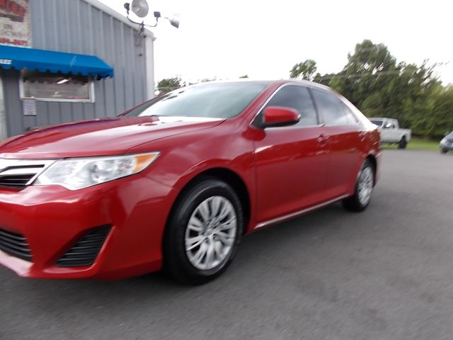 2014 Toyota Camry LE Shelbyville, TN 5