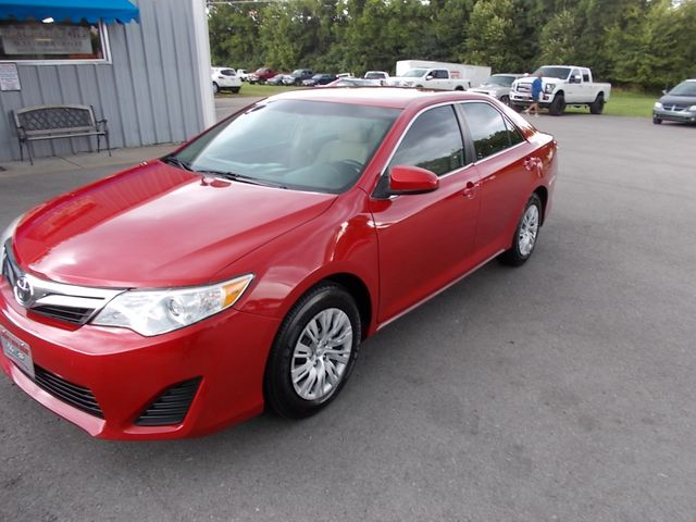 2014 Toyota Camry LE Shelbyville, TN 6