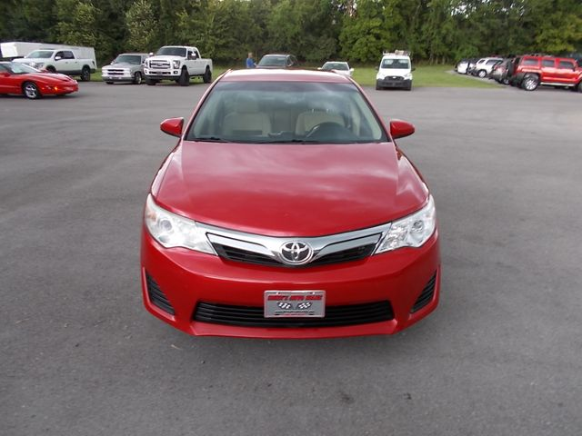 2014 Toyota Camry LE Shelbyville, TN 7