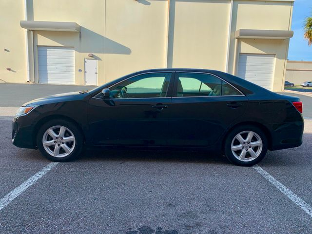 2014 Toyota Camry LE Tampa, Florida 7