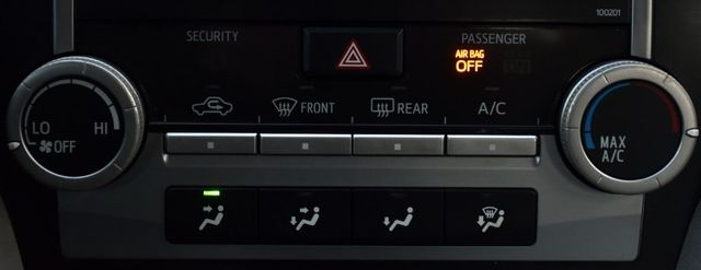 2014 Toyota Camry LE Waterbury, Connecticut 25